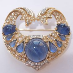 RARE VINTAGE TRIFARI JEWELS OF INDIA GOLD PLT SAPPHIRE CRYSTAL RHINESTONE BROOCH #Trifari