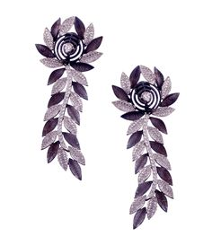These earrings inspired by nature are perfect for mehndi and sangeet..