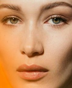 Bella Hadid Beauty Makeup, Hair Makeup, Hair Beauty, Makeup Trends, Beauty Trends, How To Feel Beautiful, Beautiful People, Perfect Nose, Bella Hadid