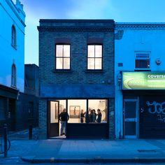 gallery-house-threefold-architects-bethnal-green-exhibition-space_dezeen_936_0