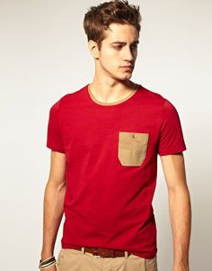 Crew Neck T-Shirt With Cord Pocket