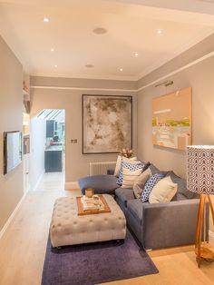 Gorgeous 66 Stunning Small Living Room Decor Ideas on a Budget https://decoremodel.com/66-stunning-small-living-room-decor-ideas-budget/