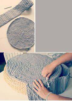 Reciclar un puf antiguo tejiendole con trapillo una funda