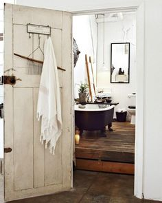 The tub room...