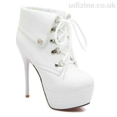 White heel boot