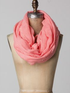 Oversized spring scarf with raw distressed edges. Spring Scarves, School Outfits, Scarfs, My Favorite Things, Sewing, Hats, Fashion, Moda, Scarves