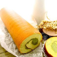 Recipe for souffle swiss roll adapted and translated from 蛋糕 X  のA to Z by 高桥XX Ingredients * with modifications (makes a 25 x 25cm cake) Swiss roll 40g unsalted butter 10g milk (A) 60g cake flour ...