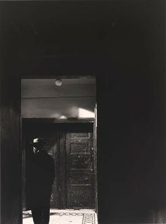 Photo by Aaron Siskind Untitled, before 1936 Dark Photography, Black And White Photography, Vintage Photography, Rhode Island, Aaron Siskind, Photo Black, Dark Backgrounds, Shades Of Black, Light And Shadow