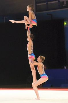 Gymnastics Suits, Gymnastics Workout, Olympic Badminton, Olympic Games Sports, Acrobatic Gymnastics, Olympic Gymnastics, Gymnastics Problems, Acro Dance, Dance Games