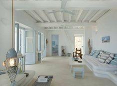 mediterranean homes interior Home Interior Design, Interior And Exterior, Interior Livingroom, Greek House, House By The Sea, Mediterranean Homes, Mediterranean Architecture, Style At Home, Home Fashion