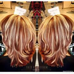 Red with blonde highlights hair cut and color ideas in 2019 модные прически Red Hair With Blonde Highlights, Red Blonde Hair, Strawberry Blonde Hair, Chunky Highlights, Caramel Highlights, Black Hair, Hair Color Auburn, Auburn Hair, Messy Bob Hairstyles