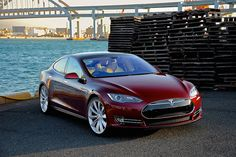 Why is Tesla so expensive? Tesla Model S is the first luxury electric car being in production since 2012. Despite the sky-high prices, the demand for it only seems to be rising up. Tesla is also highly supported by the green energy movement – electric batteries produce much smaller amounts of CO2 than gas-powered engines. #telsa #greenenergy #ilmm