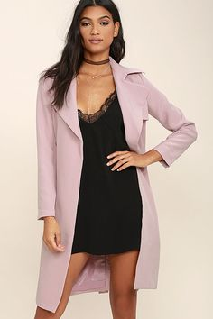 The Made for You Mauve Pink Trench Coat is perfectly tailored to your liking! Textured woven poly forms this chic coat with long sleeves, a notched collar, and an open front with a tying sash belt. A single gun flap and storm flap at back add classic trench detail. Side welt pockets. Back kick pleat.