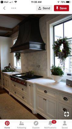 Kitchen Redo, Home Decor Kitchen, Kitchen Interior, Home Kitchens, Kitchen Ideas, Kitchen Inspiration, Kitchen Cupboard, Coastal Interior, Eclectic Kitchen