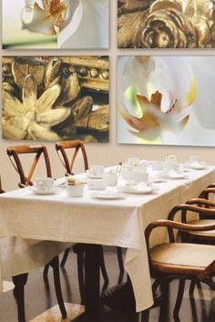 """Gold Framing Orchids""  by tela-design from the tela 100 collection: 4 pieces, free dimensions, materials e.g. canvas , wallpaper, glass, metal, ceramic etc. 10 more combinations  under   http://www.tela-design.com/en/design/tela_100.html   ""Gold Framing Orchids""  von tela-design aus der tela 100 Kollektion: 4-teilig, freie Grössen, für z.B. Leinwand auf Keilrahmen, Tapete, Folie, Glas, Metall, Keramik, HPL etc. 10 weitere Kombinationen unter…"