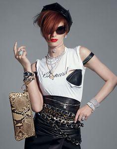 Vogue Paris août 2009 Iris Strubegger par Patrick Demarchelier série bijoux Signes Particuliers