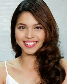 Gma Network, Maine Mendoza, Theme Song, Beautiful Smile, Film Festival, Girl Outfits, Actresses, Beauty, Models