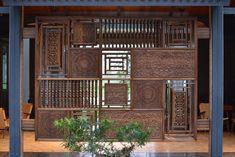 Ideas Farmhouse Wall Exterior For 2019 Wooden Partition Design, Wooden Partitions, Living Room Partition Design, Room Partition Designs, Traditional Interior, Modern Interior, Interior Architecture, Traditional Design, Jaali Design