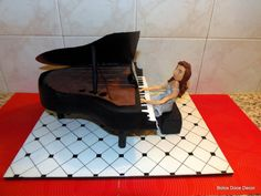 Piano Cake / Bolo Piano - Cake by Bolos Doce Decor