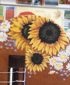 Sunflower Handpainted UkuleleThe post Sunflower Handpainted Ukulele appeared first on Ukulele Music Info. Guitar Painting, Mirror Painting, Diy Painting, Ukulele Art, Guitar Art, Ukulele Chords, Ukulele Songs, Aesthetic Painting, Aesthetic Art