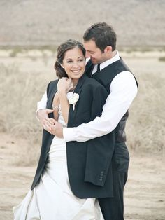 Just married and he wrapped his tux jacket around her. Starting off right ;) This is so cute for winter wedding photos
