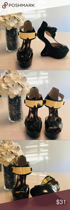 Qupid heel less heel with gold buckle size 5.5 Qupid heel less heel with gold buckle size 5.5   New without box  5 1/2 inches in height Qupid Shoes Heels