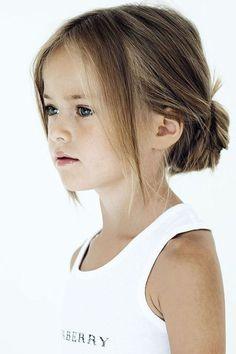 Leuk kinderkapsel voor de feestdagen met eventuele glitter knipjes | www.kleertjes.com kinder- en babykleding