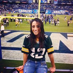 Green Bay Packers Wallpaper, Nfl Football Teams, Steeler Nation, National Football League, Pittsburgh Steelers, Sports Women, Nov 6, Lady, Sporty
