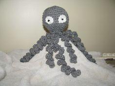 octopus with long tentacles Tentacle, Octopus, Crochet Necklace, Crochet Hats, Jewelry, Knitting Hats, Crochet Collar, Jewels, Schmuck