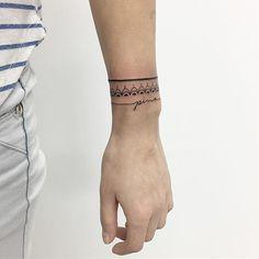 #bracelettattoo#bracelet#black#lines#tattoo#tattoed#ink#inked#inkedgirls#mandala #mandalatattoo#pattern#script#type#tattooer#tattooist#art#artist#tattooartist#blackwork#geometric#geometrictattoo