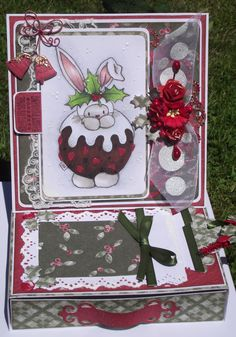 BeBunni Christmas easel card with drawer