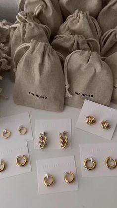 Cute Jewelry, Gold Jewelry, Jewelery, Jewelry Accessories, Baby Jewelry, Jewelry Crafts, Jewelry Bracelets, Bijoux Design, Jewelry Design