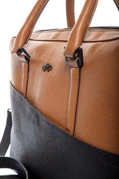 casual bag for laptop Casual Bags, Business Attire, Credit Cards, Leather Handle, Briefcase, Pens, Buffalo, Laptop, Exterior