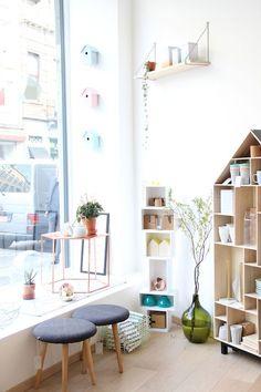 Une nouvelle boutique a ouvert ses portes à quelques rues de chez nous, elle est tellement jolie que nous devions vous faire partager cette adresse! HEI shop&tea c'est à la fois une boutique da...