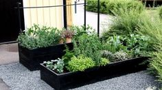 DIY: een simpele plantenbak voor op het dakterras