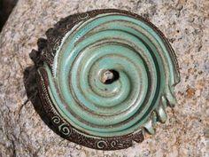 """Seifenschalen - Seifenschale """"Seifenschnecke"""" - mint - ein Designerstück von SILKERAMIK bei DaWanda"""