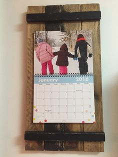 reclaimed wood calendar holder11x14 picture frameclipboard