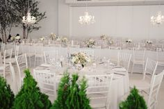 Location 05 in New York, New York - quite lovely, though would have been nice to hide the vents up top garden wedding reception simple NYC Indoor Garden Wedding from Angelica Glass garden wedding venue Garden Wedding Decorations, Reception Decorations, Garden Weddings, Garden Wedding Inspiration, Wedding Ideas, Garden Venue, Warehouse Wedding, Loft, Wedding Table