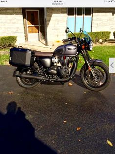 Triumph T120 Triumph T120, Triumph Bonneville, Triumph Motorcycles, Cars And Motorcycles, Cafe Racers, Bobber, British, Vehicles, Motorbikes