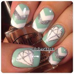 Chevron and Diamond Nails Tape Nail Art, Nail Art Diy, Diy Nails, Swag Nails, Fancy Nails, Cute Nails, Pretty Nails, Nail Polish Designs, Nail Art Designs