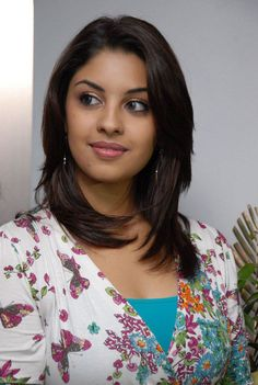 Richa Gangopadhyay Photos, Stills, Images Indian Actress Hot Pics, South Indian Actress, Actress Photos, Indian Actresses, Richa Gangopadhyay, Bikini Images, Latest Pics, Latest Picture, Tamil Actress