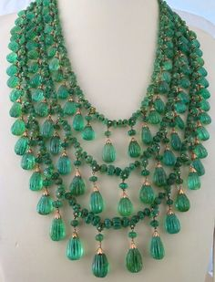 Look at this amazing emerald necklace! Love the drops hanging from the strands! Antique Old Mines Natural Emerald Carved Melon Briolette Drops Necklace… Emerald Necklace, Sapphire Earrings, Emerald Jewelry, Necklace Set, Beaded Jewelry, Beaded Necklace, Gold Necklace, Layer Necklace, Diamond Necklaces