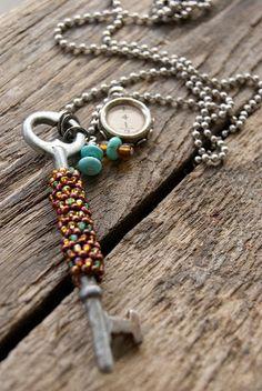 kimmykats: jewelry Skeleton Key Jewelry, Skeleton Keys, Antique Keys, Vintage Keys, Cute Jewelry, Jewelry Crafts, Jewelry Art, Key Crafts, Beaded Jewelry