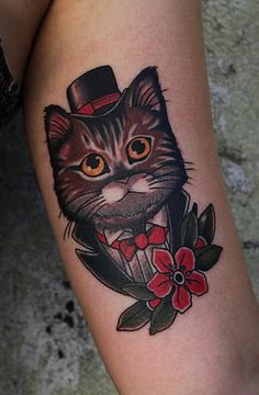 @Henkneefur Guillén- please get a kitty in a top hat. and a bow tie. Add in a monocle and it will be PERFECT.