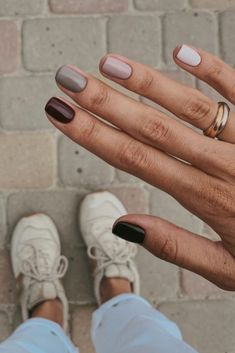 Beauty Nails Shot Nails Nail Polish Neutrals Rainbow Cute Cool Fall Brown Pink Inspiration More On Fashionchick Minimalist Nails, Fall Nail Designs, Nail Polish Designs, Gel Polish, Acrylic Nail Designs, Neutral Nail Designs, Gel Nail Polish Colors, Hair And Nails, My Nails