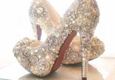 Donovan, these are the shoes I picture for Ashley for her wedding day! I know she loves bling, sky high heels and pearls and she said that she wants something WOW. I think these just might fit the bill. Any way you can share this picture with her? Crazy Shoes, Me Too Shoes, Dream Shoes, Cinderella Wedding Shoes, Cinderella Theme, Cinderella Slipper, Princess Wedding, Dream Wedding, Wedding Day