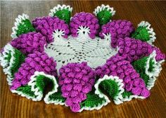 "CENTRO DE MESA CACHOS DE UVA -grafico Napkin ""bunch of grapes"""