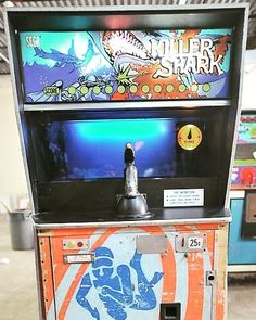WEBSTA @favoritevideogamessince71 Killer Shark (1972 Arcade by SEGA). Read more: http://arcadethrowback.blogspot.com/2012/10/cotm-killershark.html?m=1
