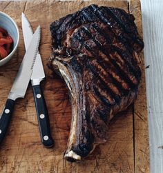 Grilled Rib-Eye Steaks with Roasted-Pepper Salsa Gegrillte Rib-Eye-Steaks mit Pfeffer-Salsa-Rezept Steak Recipes, Grilling Recipes, Cooking Recipes, Carne Asada, Healthy Side Dishes, Side Dish Recipes, Roasted Pepper Salsa Recipe, Steaks, Ribs On Grill