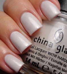 China Glaze - Dandy Lying Around